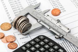 הוצאות קבועות והוצאות משתנות